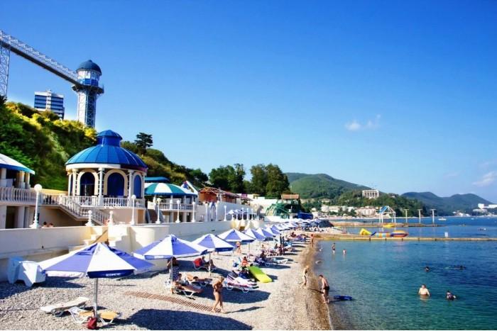 Курорты Краснодарского края с 1 августа закроют для непривитых от COVID-19
