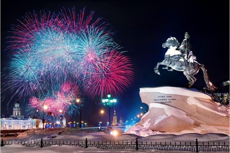 Новый год в Петровских традициях