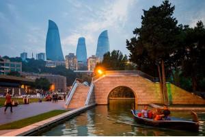 Давай сбежим в Баку