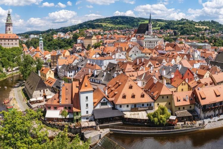 Чехия + Франция на майские праздники