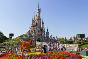 Летние каникулы в Чехии + поездка в Париж и Диснейленд
