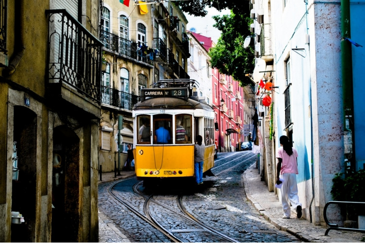 Португальская прогулка Лайт