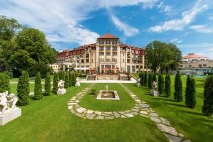 Отдых и лечение на курорте Пьештяны